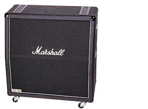 Marshall MR 1960 A Gitarrenbox (schräg)